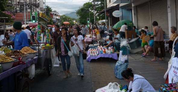 Sunday Walking Street Market, Chiang Mai