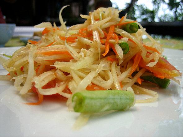 Som Tam (Thai Papaya Salad)