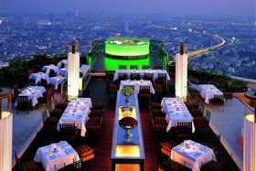 rooftop-bar-and-restaurant-at-lebua-state-tower