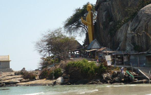 Big Buddha Khao Takiab Beach, Hua Hin