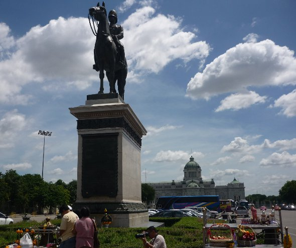 Equestrian statue of King Rama V (King Chulalongkorn) in Bangkok