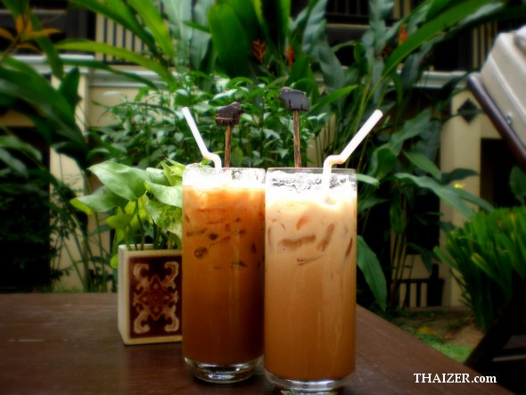 Two glasses of iced Thai coffee