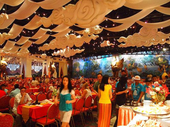 Buffet dinner at Phuket Fantasea