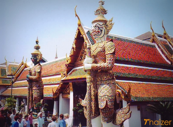 Yaksha guardian warriors at Wat Phra Kaeo, Bangkok