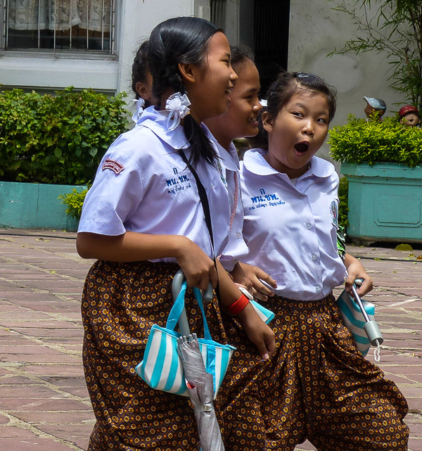 School-children at Wat Pho, Bangkok