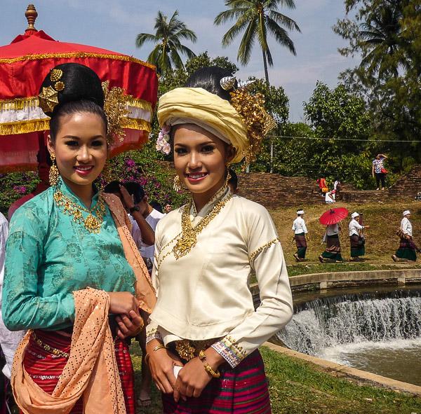 Elegant smiles at the Chiang Mai Flower Festival