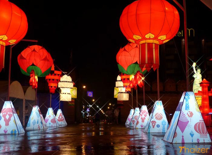 Chiang_Mai_International_Lantern_Festival4