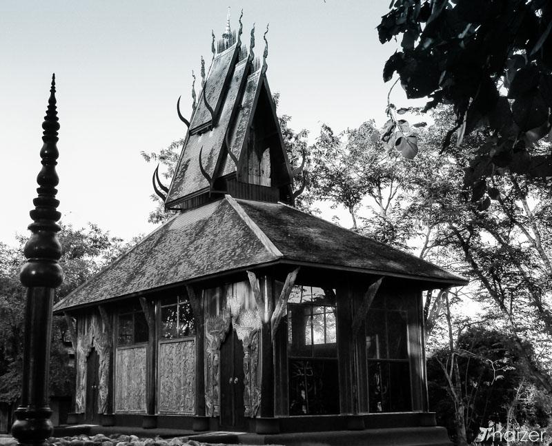 baan_dam_black_house_chiang_rai-15