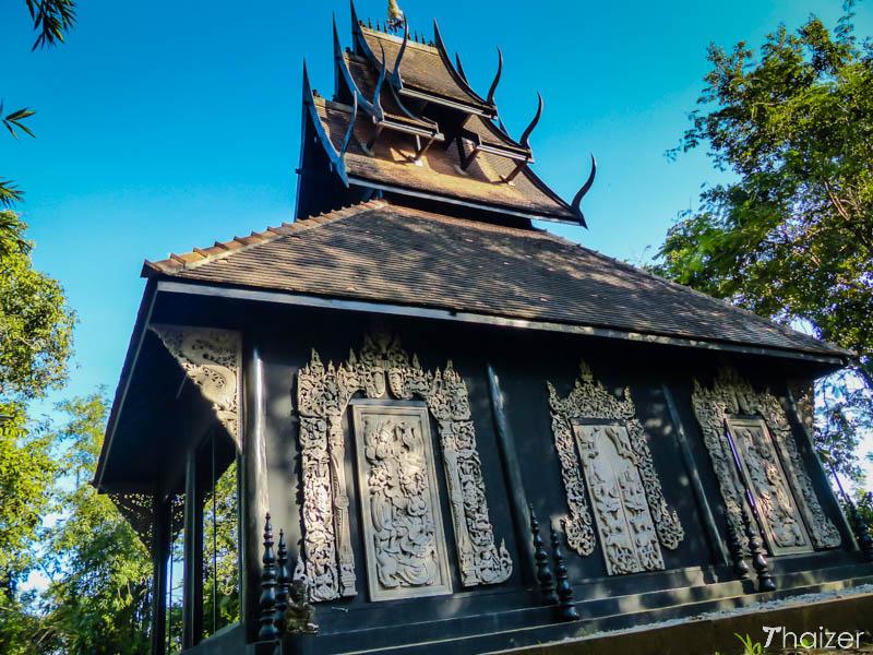 baan_dam_black_house_chiang_rai-3