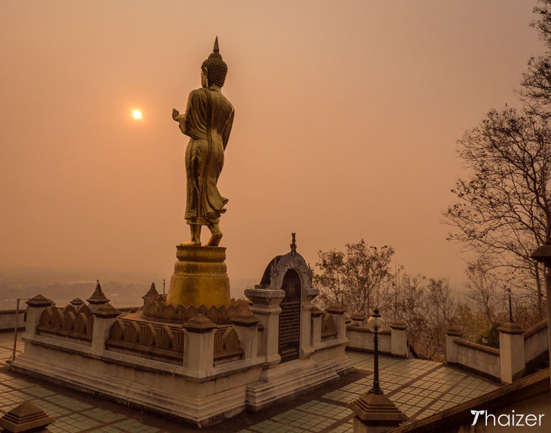 Wat Phra That Khao Noi at sunrise