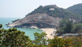 Shark Encounter Prompts Closure of Beach Near Hua Hin